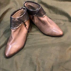 Shoe boots NWOT ANTELOPE BRAND